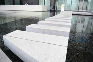 Modern steps in Japan tranquil | Monika Szucs